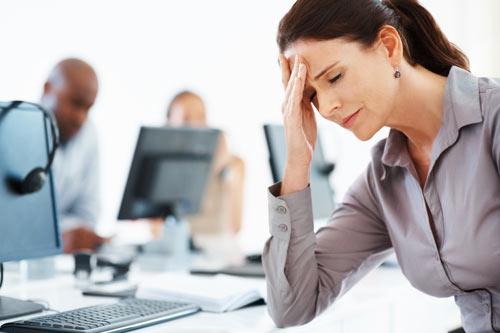 stressed-woman-gosip-kantor